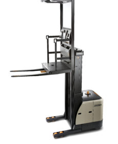 SP 3500  Capacity up to 3000lbs; Lift Height up to 366in