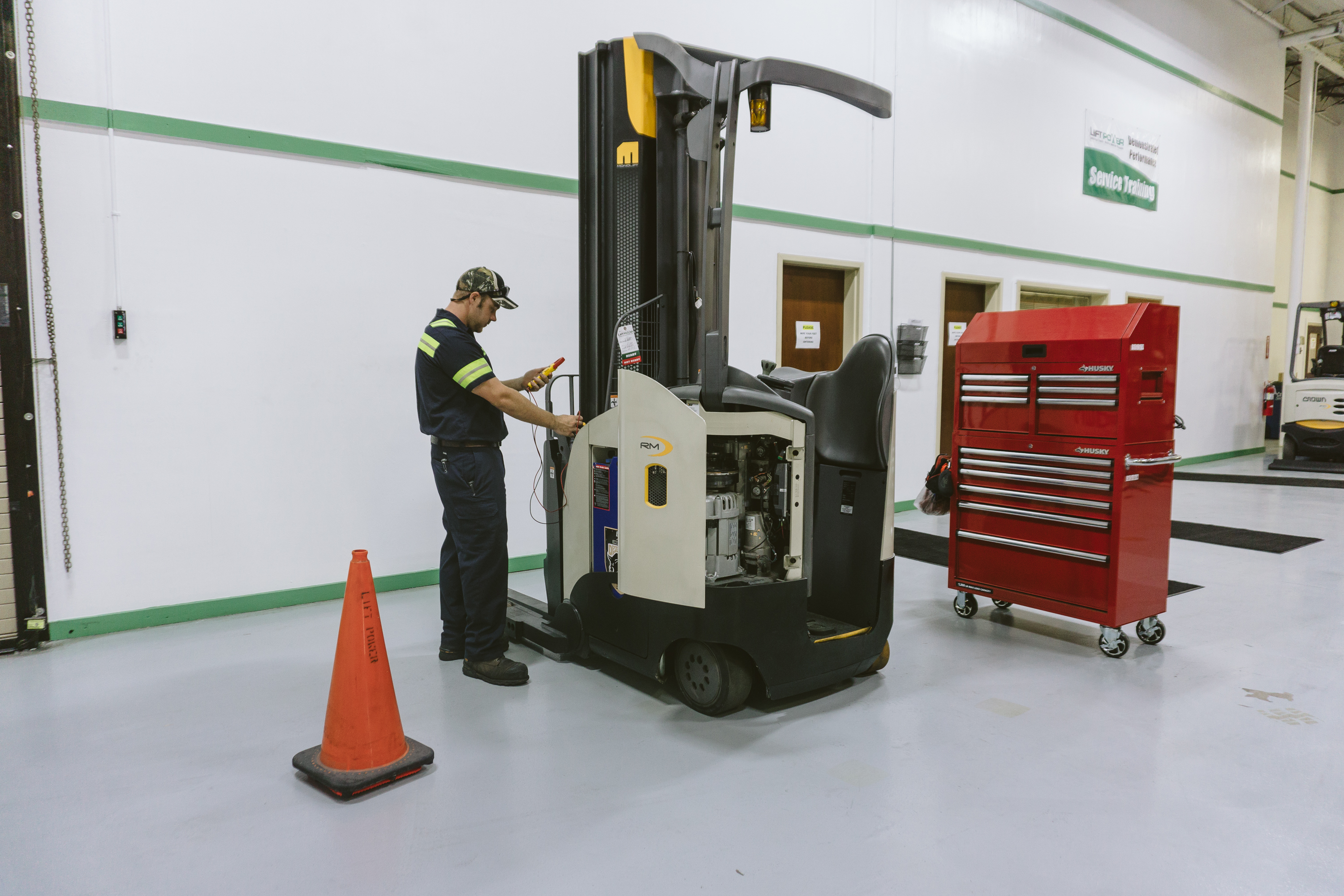 Training lift power florida georgia forklift dealer technician training xflitez Choice Image
